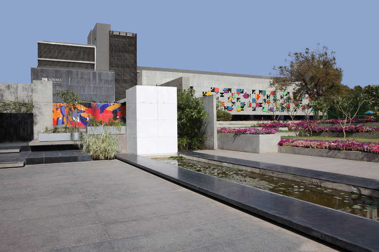 Nirma Vidyavihar / Apurva Amin Architects, Cortesia de Apurva Amin Architects