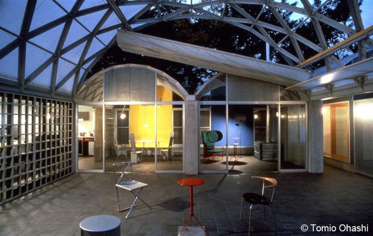 Clássicos da Arquitetura: Silver Hut / Toyo Ito , © Tomio Ohashi. Courtesy of Toyo Ito & Associates
