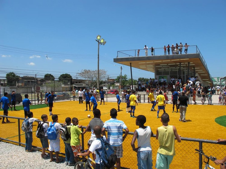 Centro para a Homeless World Cup / Architecture For Humanity, Cortesia de Architecture For Humanity