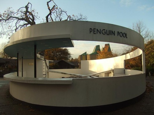 Penguin Pool. Image © Flickr User Matt from London