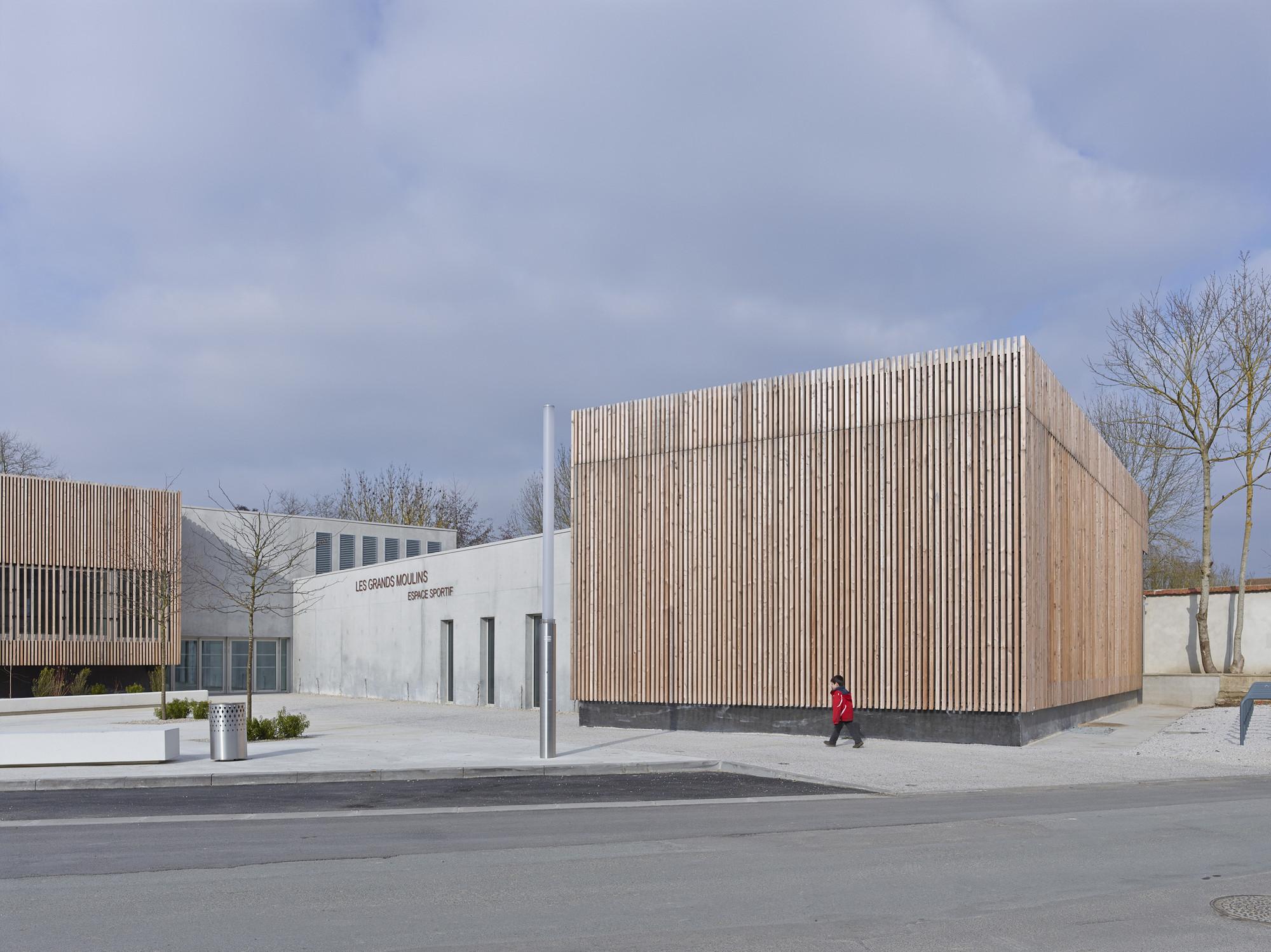 Les Grands Moulins-Sport Complex / Ligne 7 Architecture , © Stéphane Chalmeau