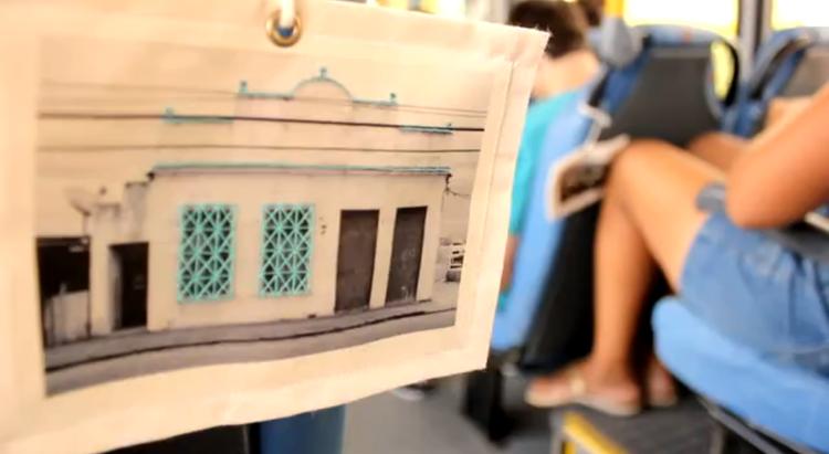 Arte e Arquitetura: Cidade-Colcha: Bagagens Afetivas em Florianópolis / Paula Franchi Macedo, Paisagens Têxteis no trajeto do Volta ao Morro Pantanal
