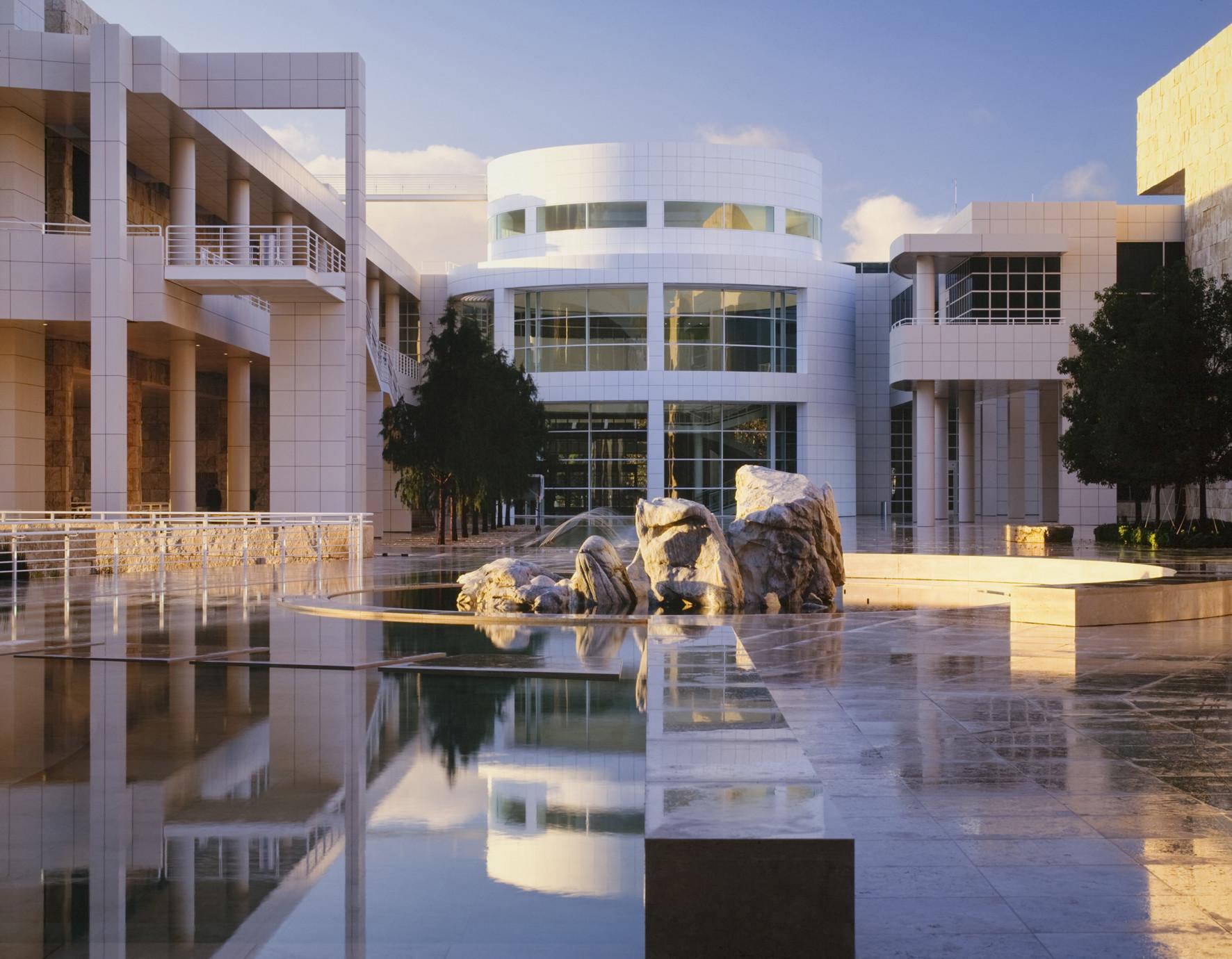 'Richard Meier - Architecture and Design' Retrospective Exhibition