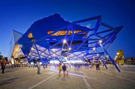 Perth Arena / ARM Architecture + CCN