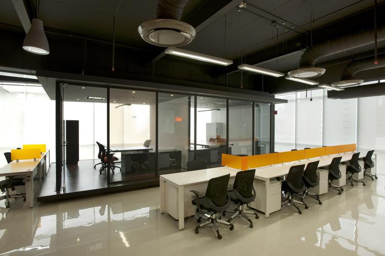 Ifahto arco arquitectura contemporanea plataforma for Direccion de la oficina