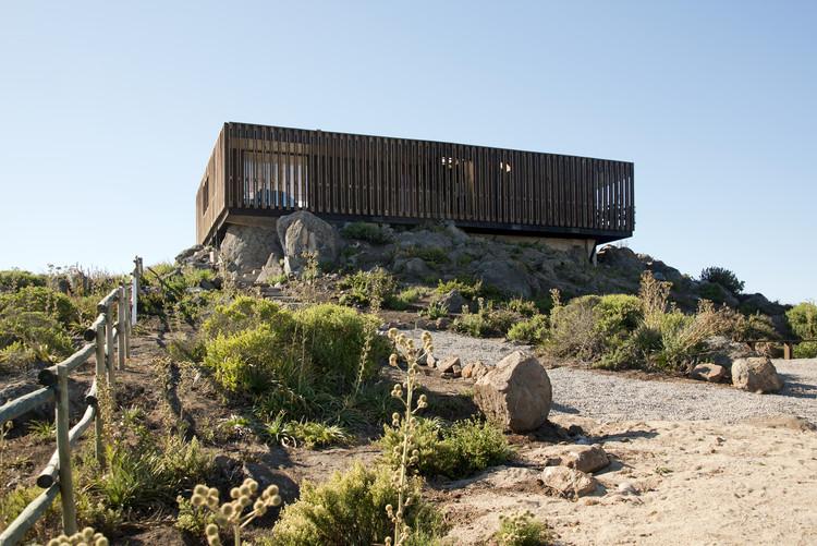 Mirante Casa Punta De Gallo / Rodrigo Santa María, © Daniel Corvillón