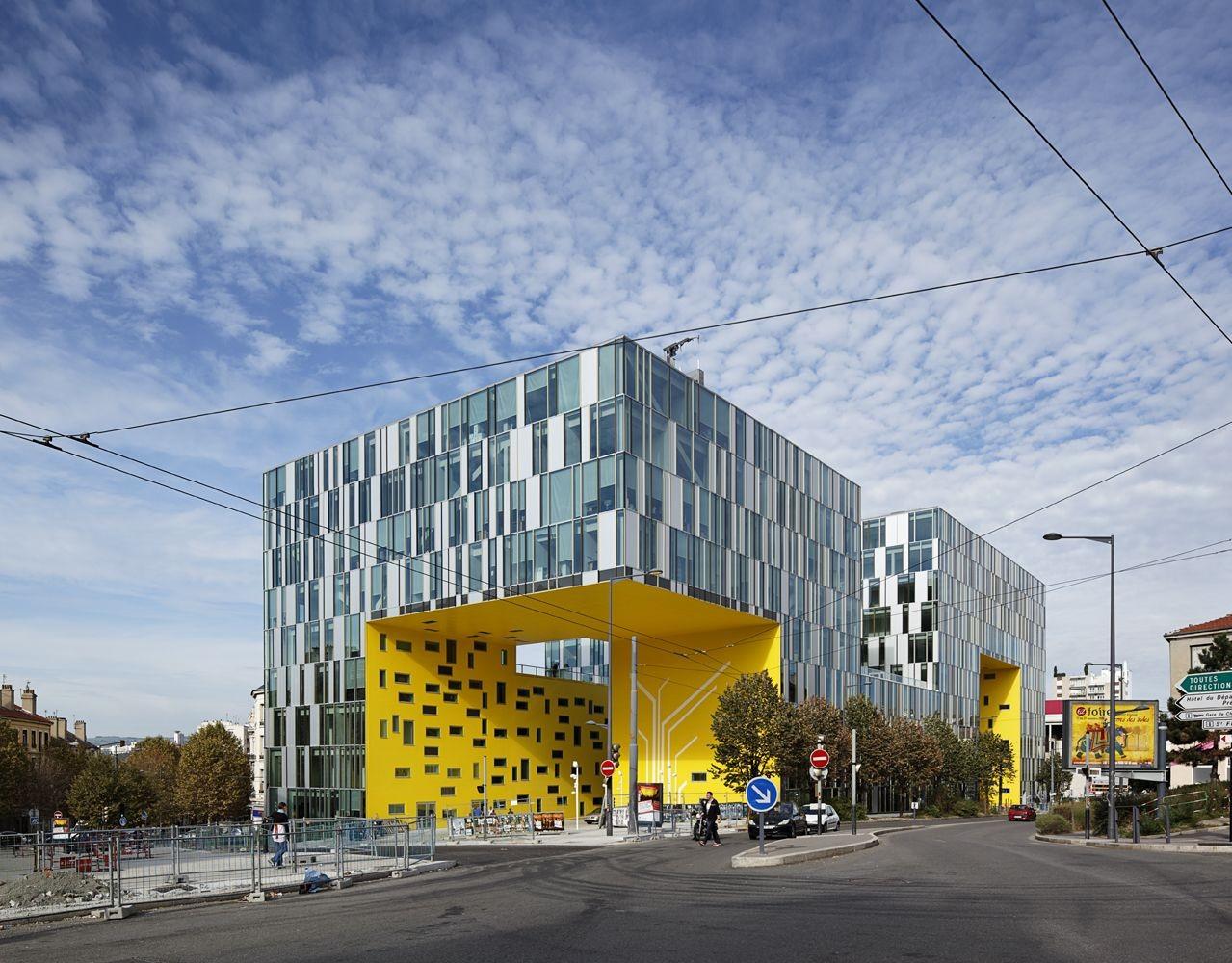 CITE DES AFFAIRES IN SAINT-ETIENNE / Manuelle Gautrand Architecture