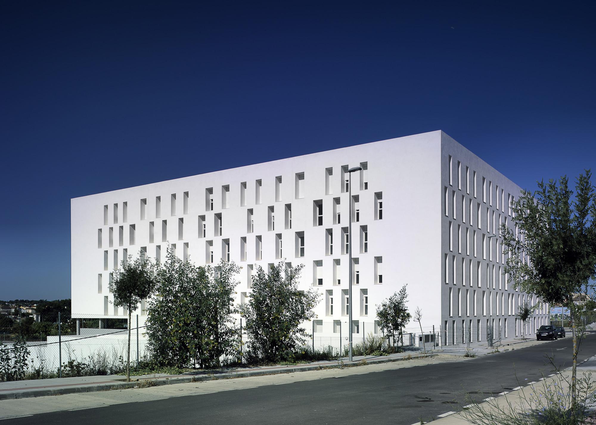 88 Jerez Dwellings / Daroca Arquitectos, © Jesus Granada
