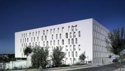 88 Habitações em Jerez / Daroca Arquitectos