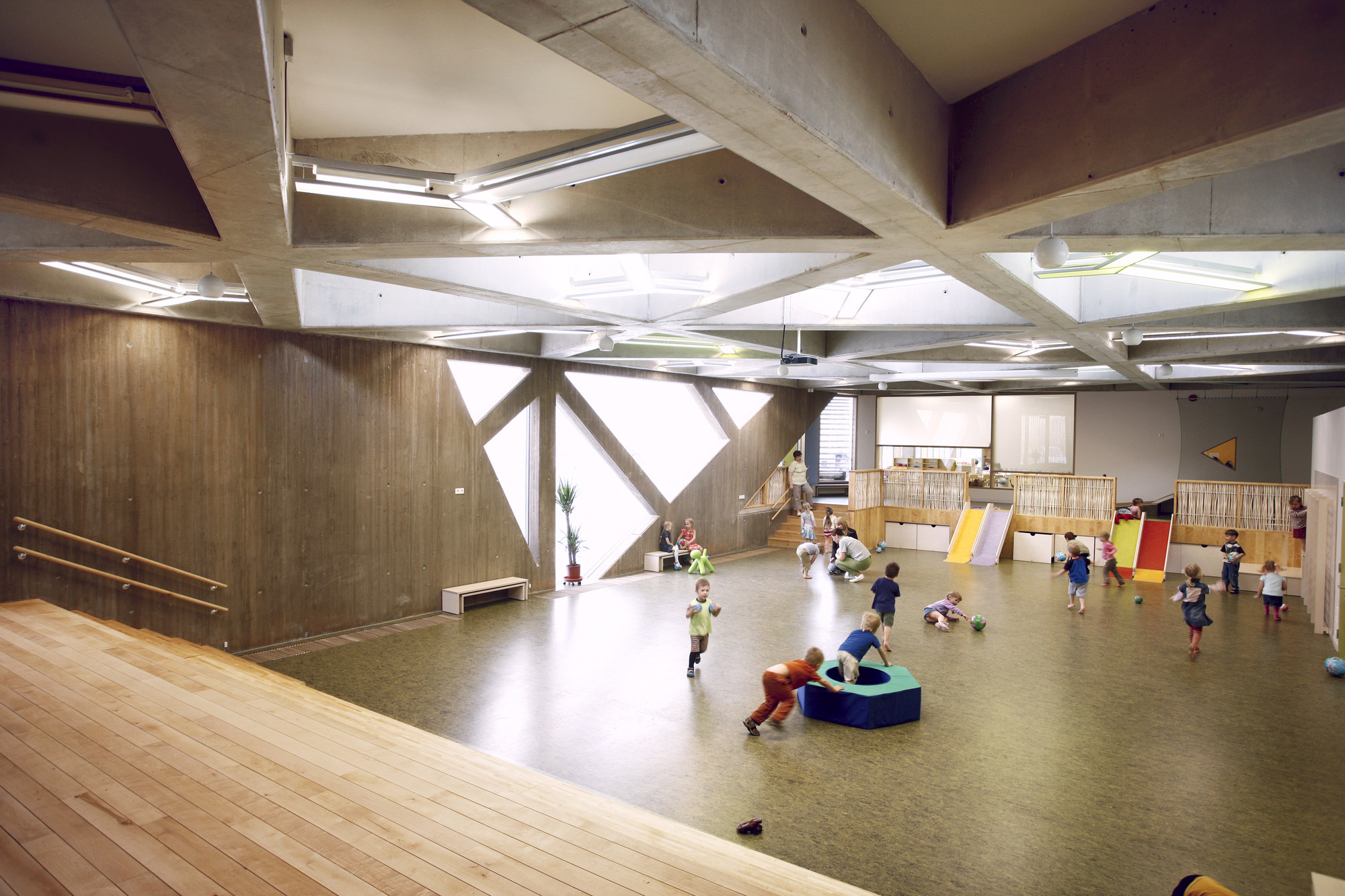Kinder Garden: Kindergarten Lotte / Kavakava Architects