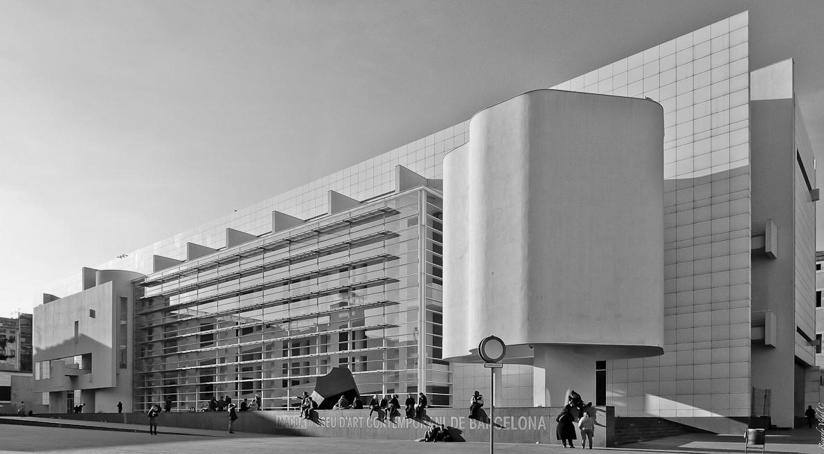 Cl sicos de arquitectura museo mac de barcelona richard - Arquitectura barcelona ...