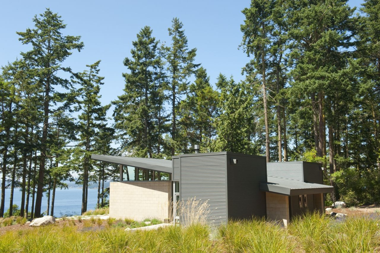 Lopez Island Cabin / Stuart Silk Architects, Courtesy of Stuart Silk Architects