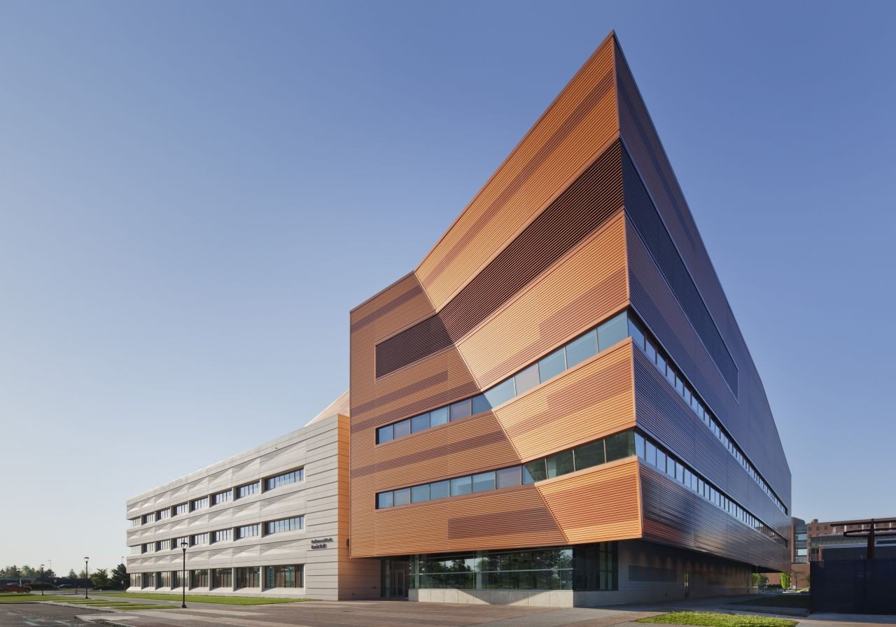 University at Buffalo School of Engineering and Applied Sciences / Perkins+Will, © Eduard Hueber