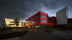 Blackburn Central High School / Nicholas Hare Architects