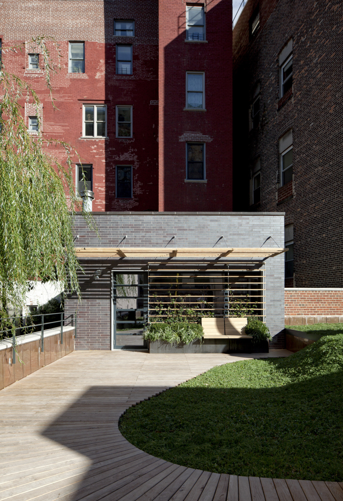 Gallery of Artist Residence & Studio / Caliper Studio - 8