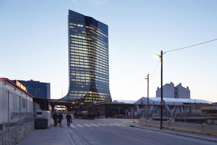A primeira torre construída de Zaha Hadid Architects: Sede da CMA CGM, © Hufton + Crow