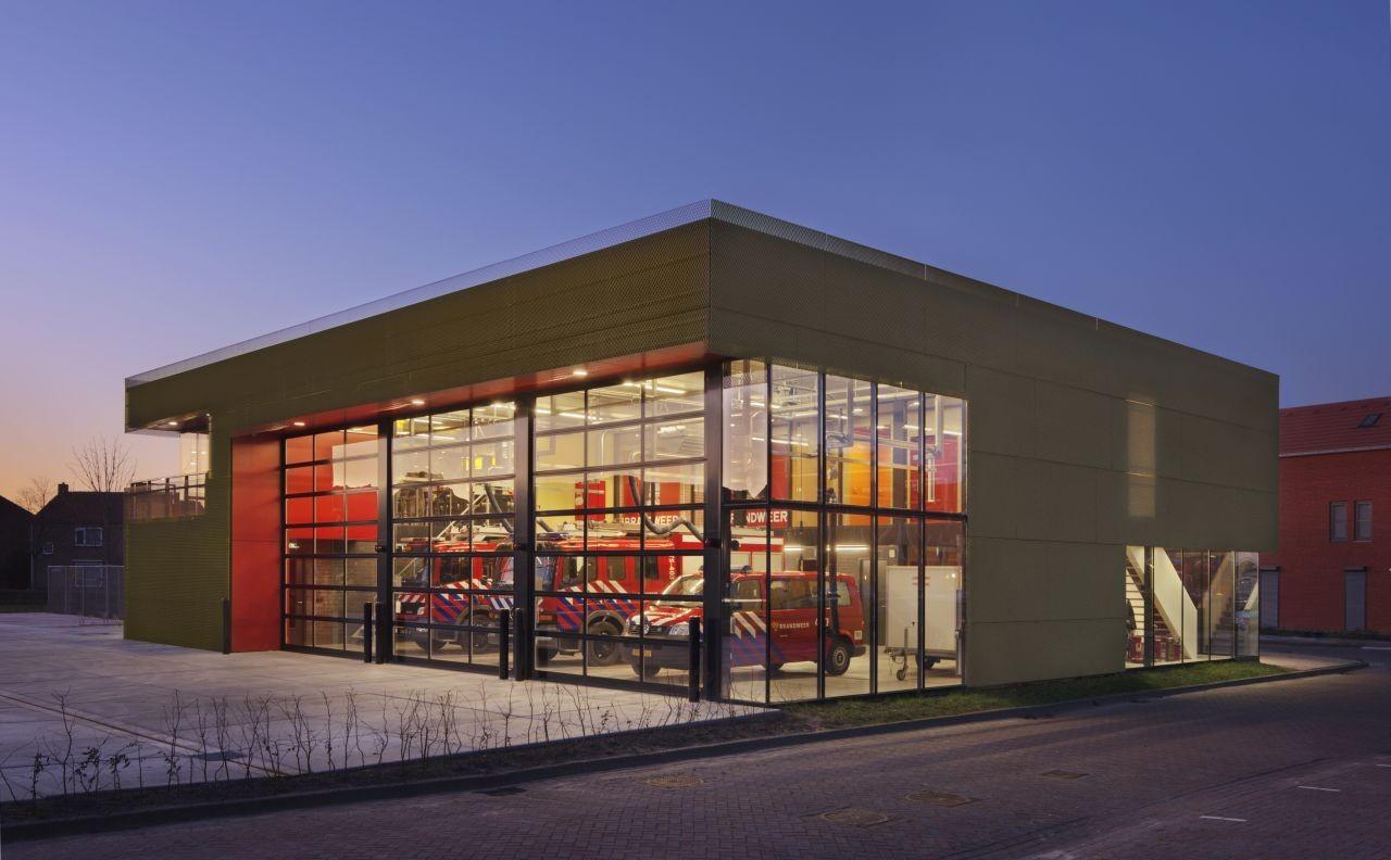 fire station / van rooijen nourbakhsh architecten   archdaily