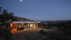 Off-grid itHouse / Taalman Koch
