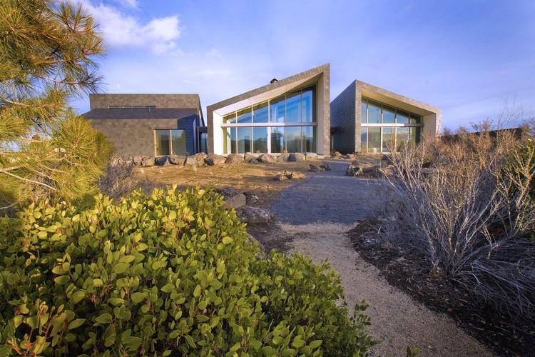 Fox House / PIQUE Architecture