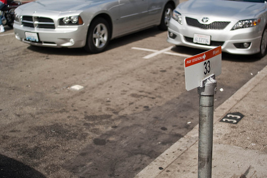 A parking space with a sensor in San Francisco © Frank Chan