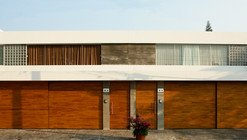 Casas Equipetrol / Sommet & Asociados