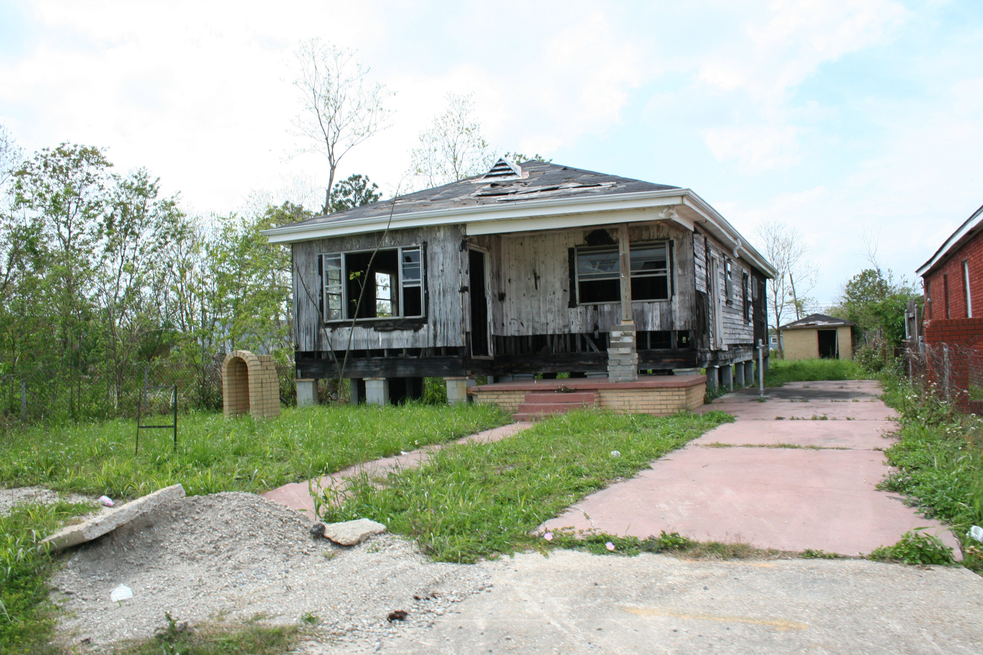 The Debate Over Making It Right in the Lower Ninth Ward ...