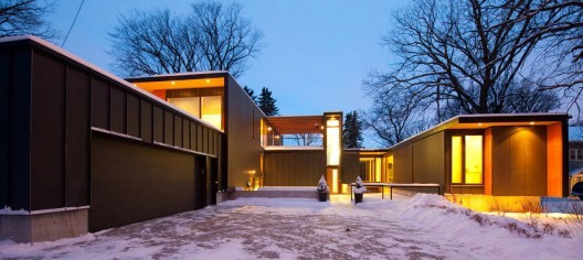 5468796 Architecture Inc. Recieves First Annual Emerging Architectural Practice Award by the RAIC, Bohemier Residence / 5468796 Architecture + Cohlmeyer Architecture; Photo © 5468796 Architecture