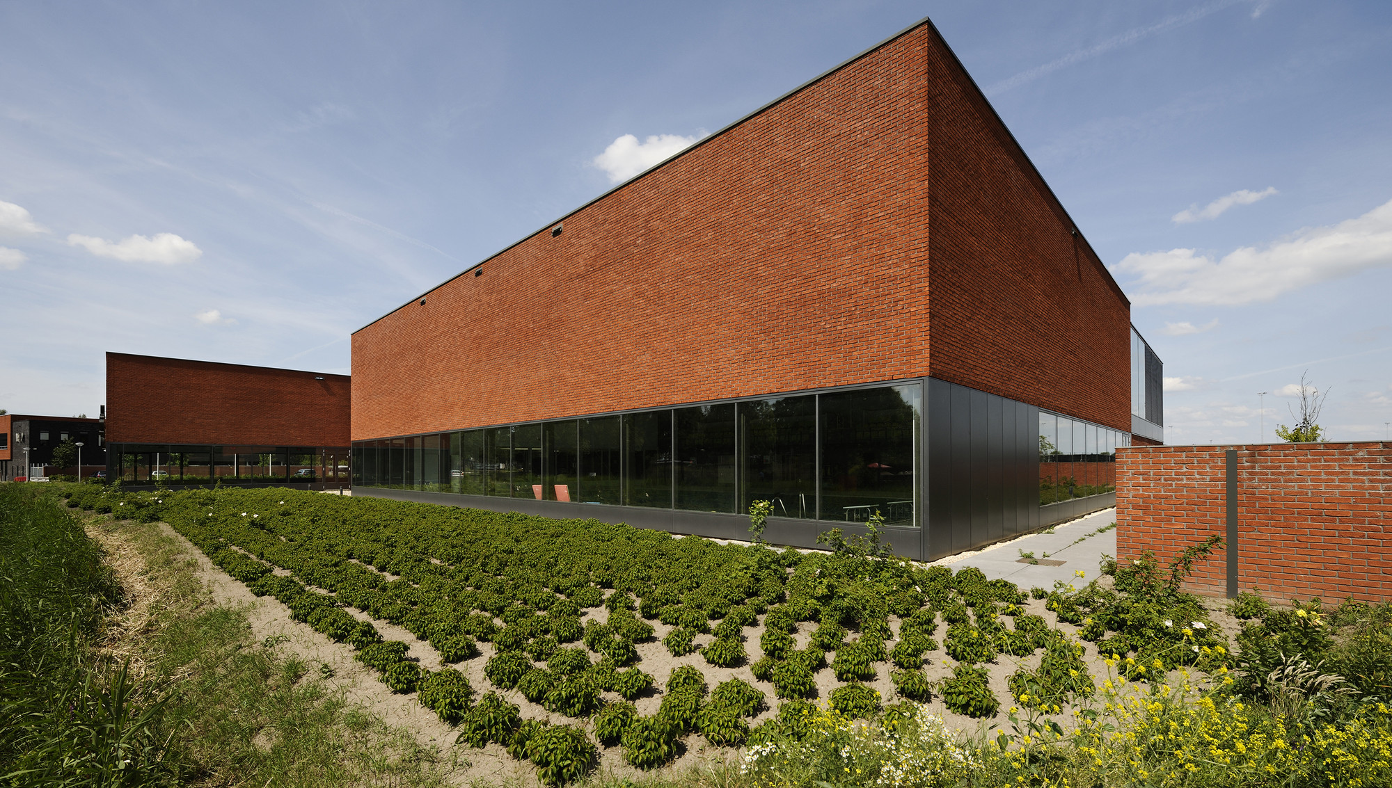 Piscina Fletiomare Utrecht / Slangen + Koenis Architects