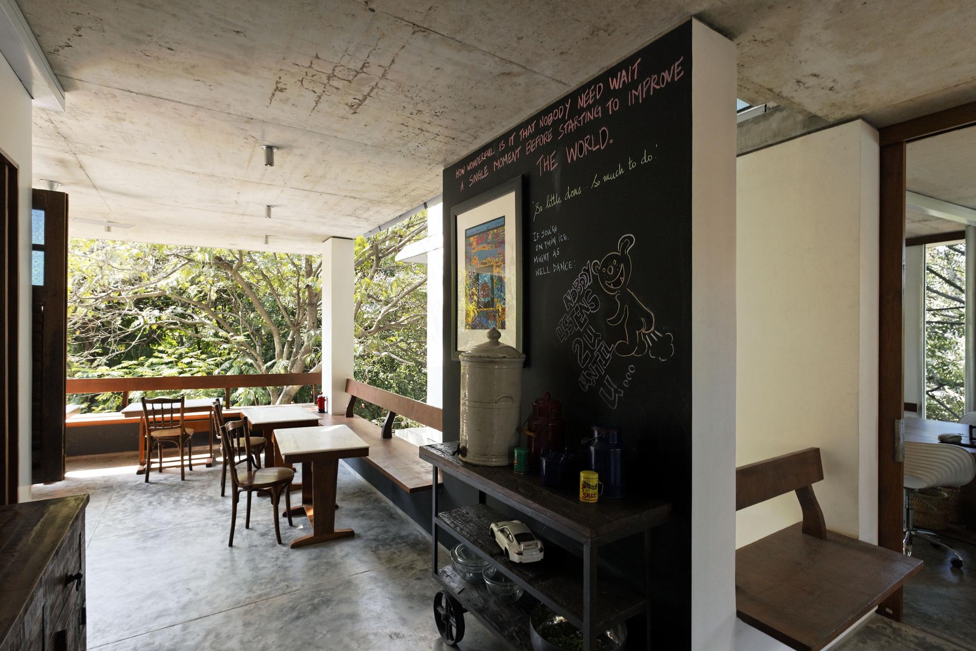 nirvana film office sjk architects archdaily