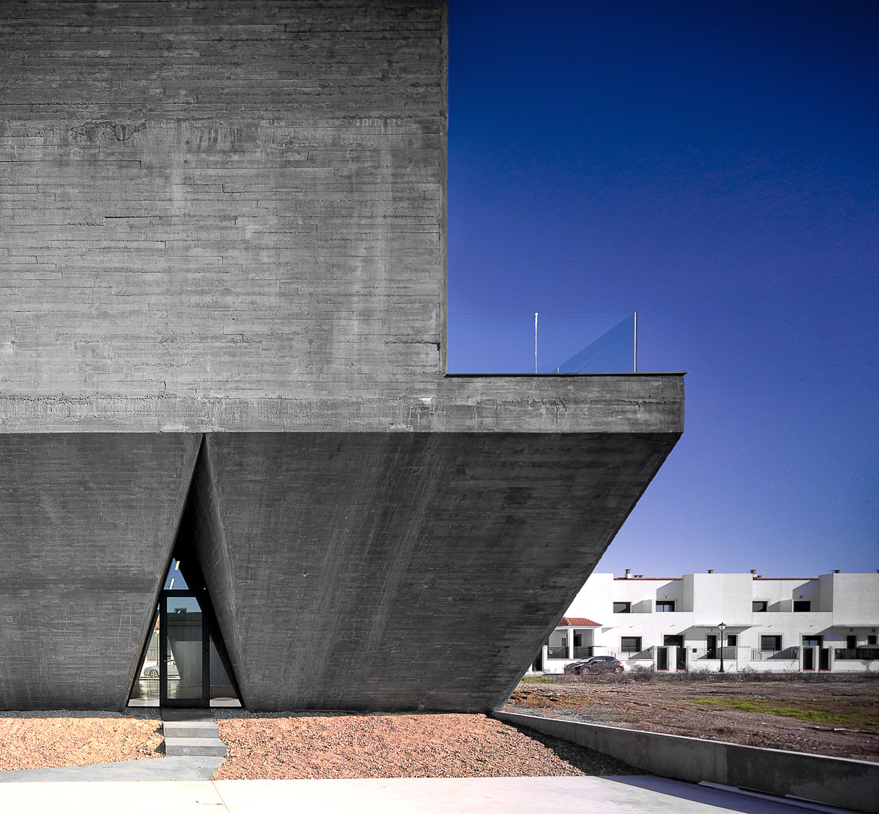Integral Territorial Center of the Commonwealth of Olivenza / Daniel Jiménez + Jaime Olivera