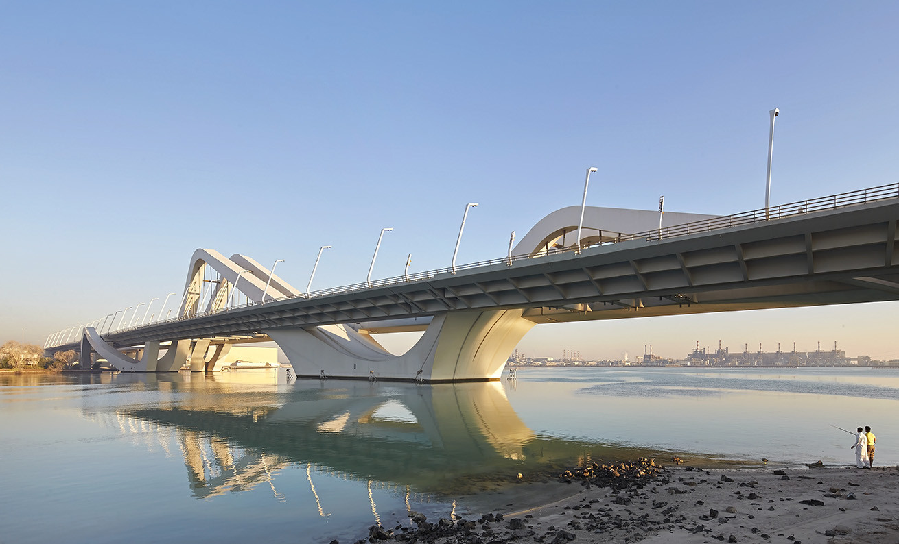 Sheikh Zayed Bridge / Zaha Hadid Architects, © Hufton+Crow