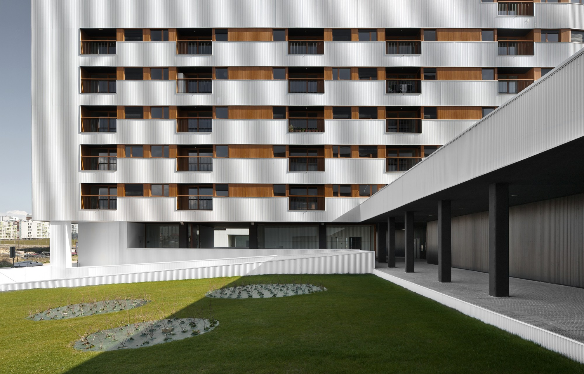 Galer a de nuevo grupo de viviendas de protecci n oficial en vitoria gasteiz acxt arquitectos 2 - Arquitectos en vitoria ...