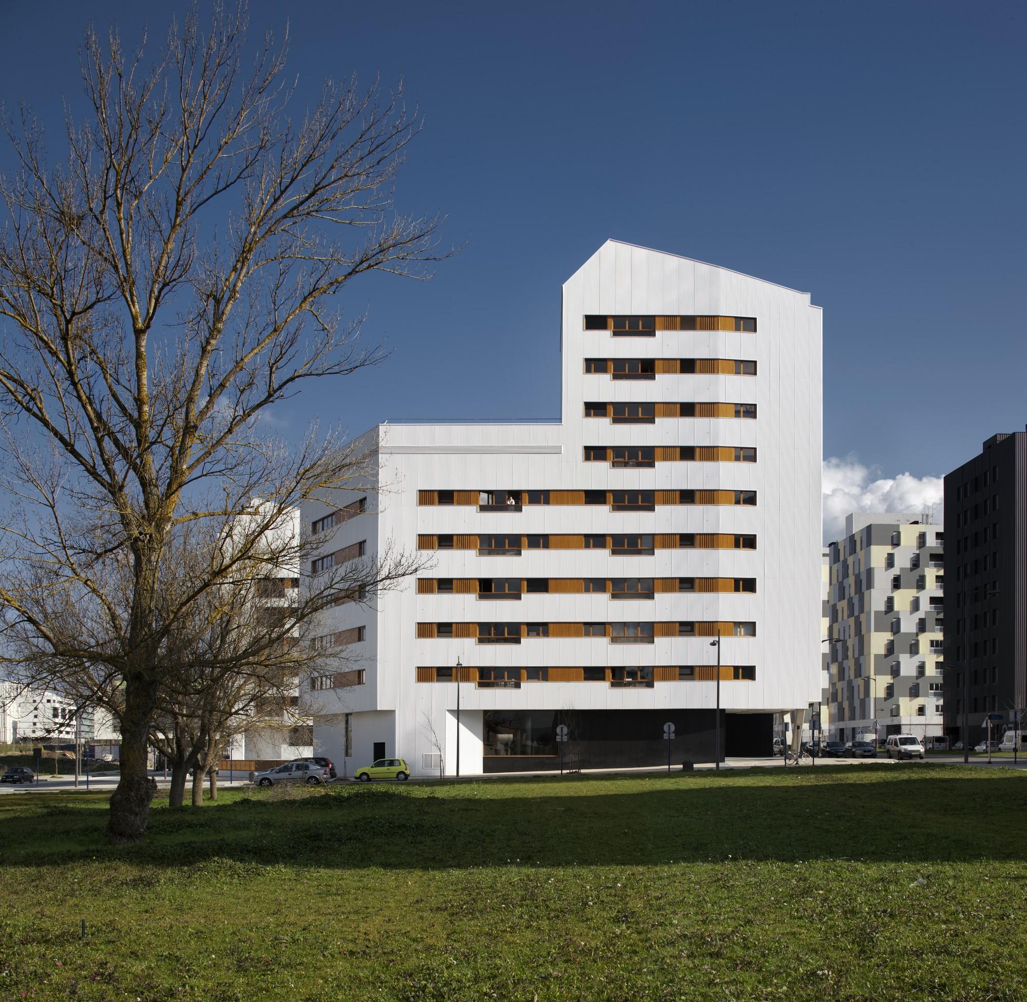 Galer a de nuevo grupo de viviendas de protecci n oficial - Arquitectos vitoria ...