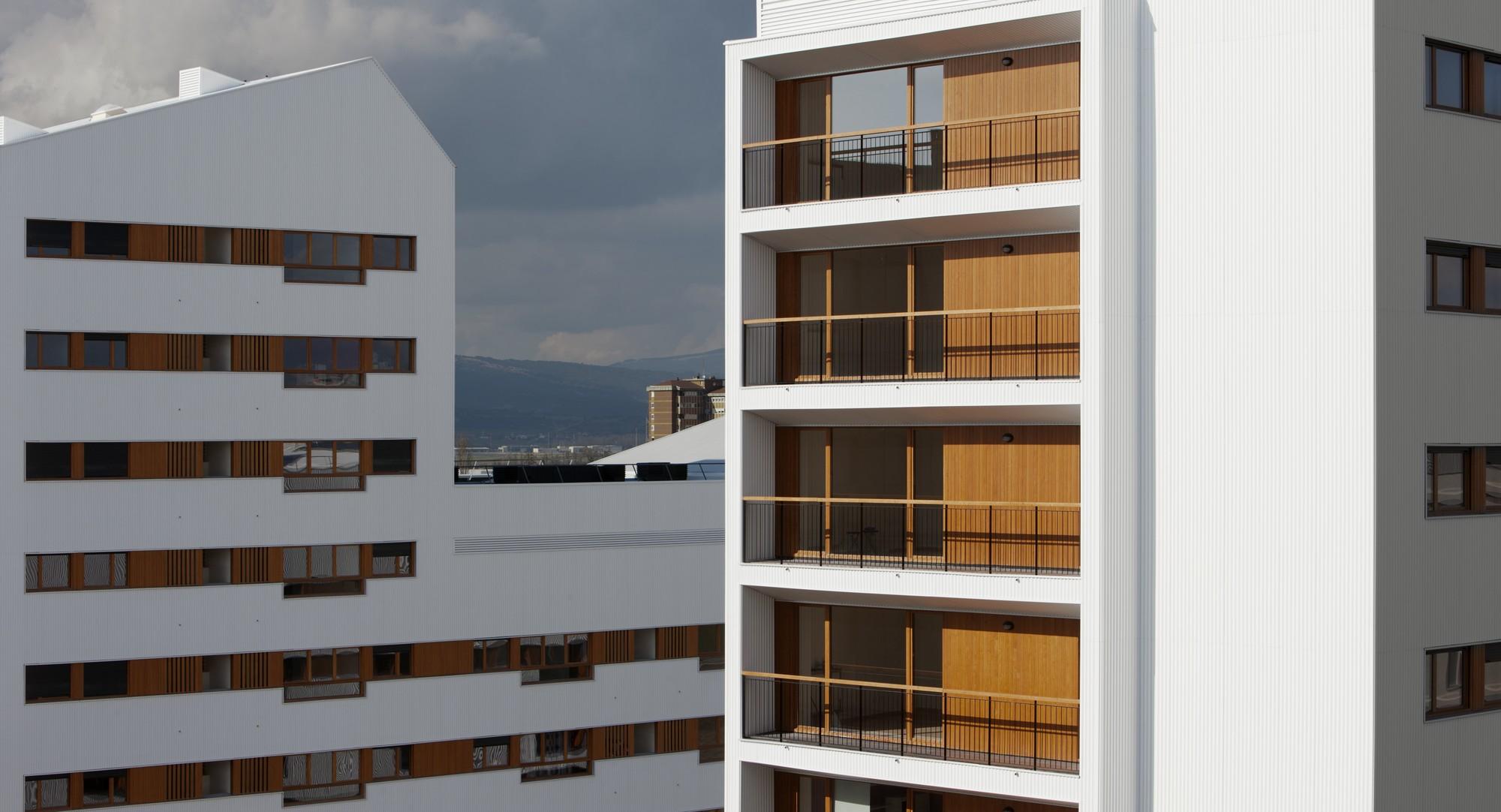 Galer a de nuevo grupo de viviendas de protecci n oficial en vitoria gasteiz acxt arquitectos 5 - Arquitectos en vitoria ...