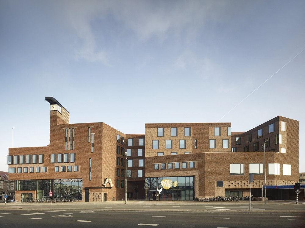 Australian Institute of Architects Gold Medal Awarded to Peter Wilson , Raakspoort Haarlem. © Christian Richters
