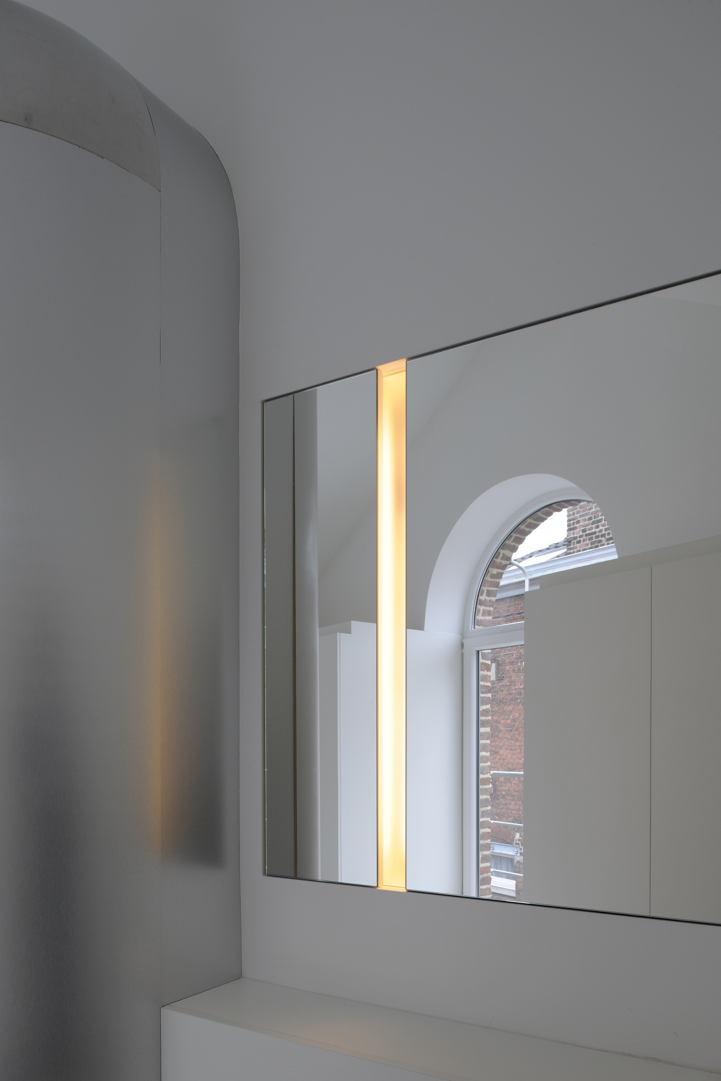 awesome hi tech loft wohnung loft dethier architecture gallery, Badezimmer ideen