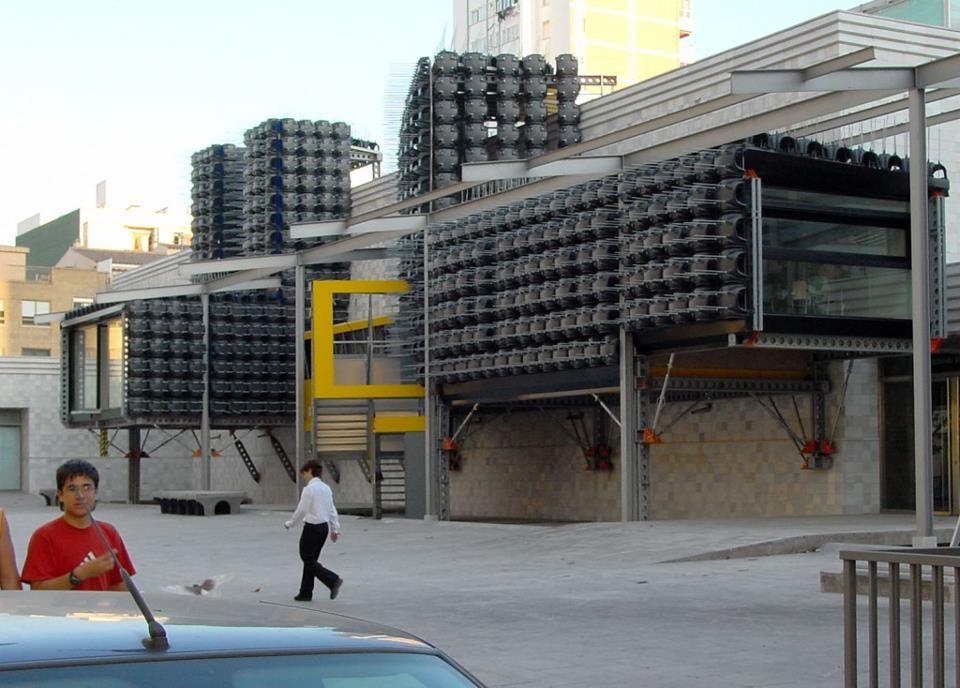 Receitas Urbanas - Palestra do arquiteto espanhol Santiago Cirugeda no Studio-X Rio, Courtesy of Studio-X Rio
