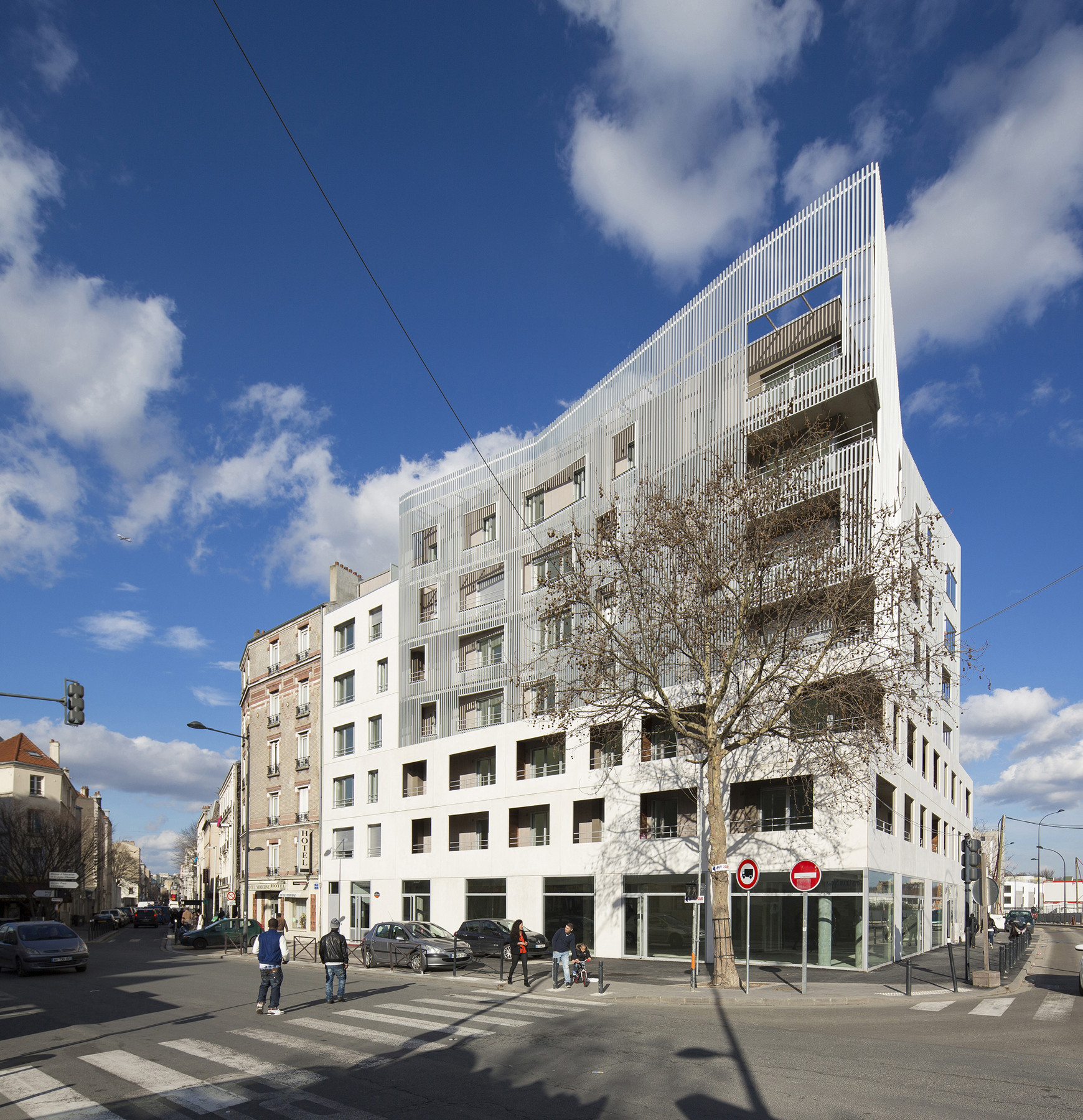 Social Housing Units in Saint-Denis / Atelier du Pont, © Luc Boegly