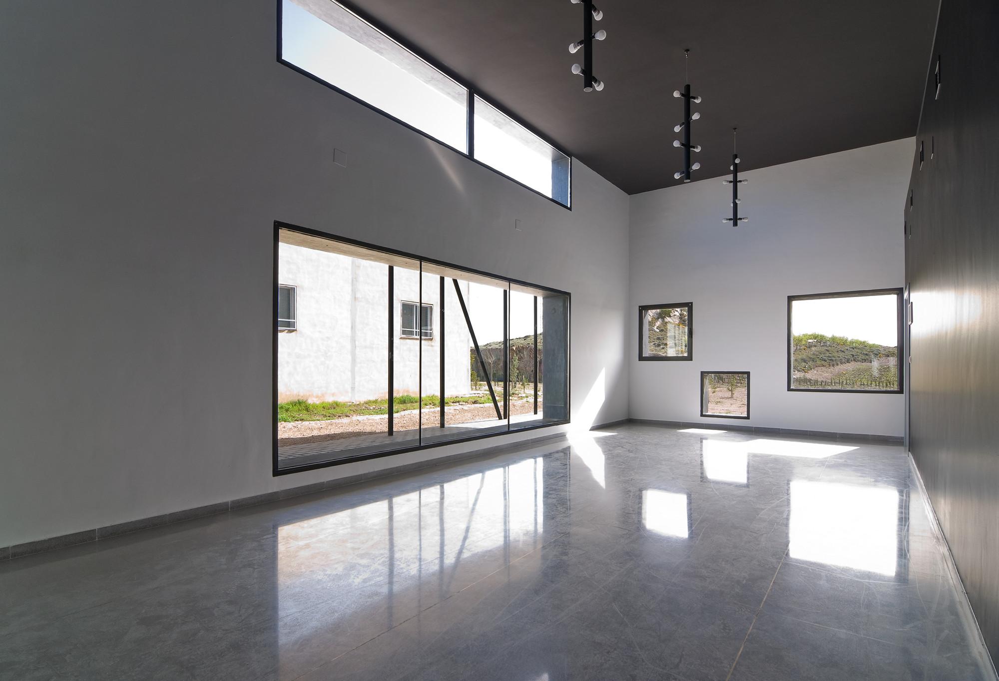 Galer a de velatorio municipal montealegre del castillo albacete dra arquitectos 5 - Arquitectos albacete ...