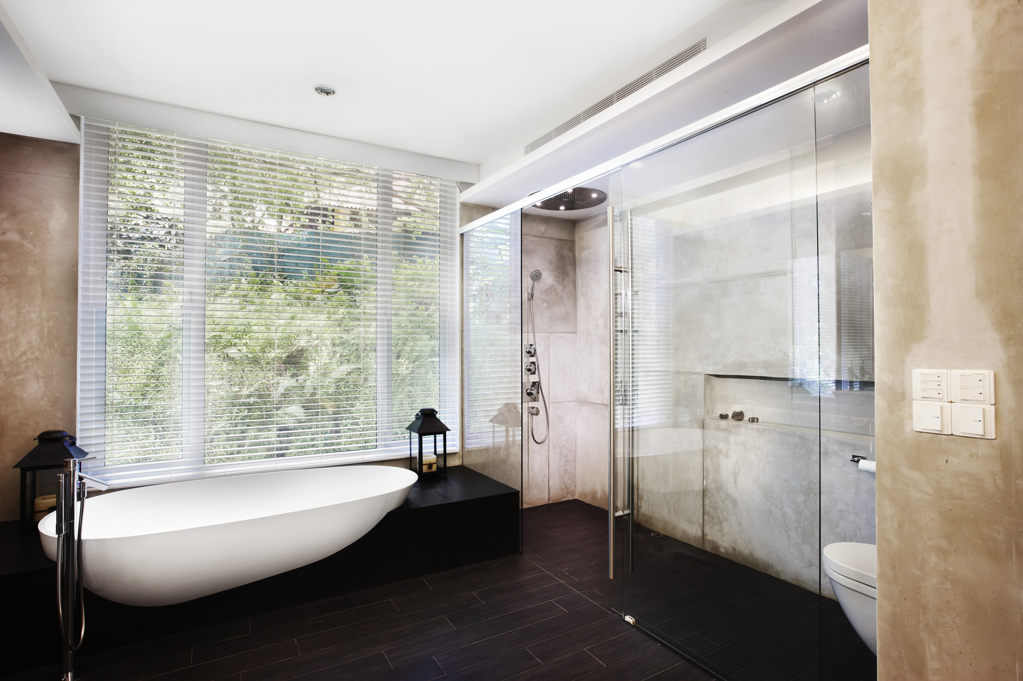 Gallery of cairnhill road conservation terrace house for Bathroom sink singapore