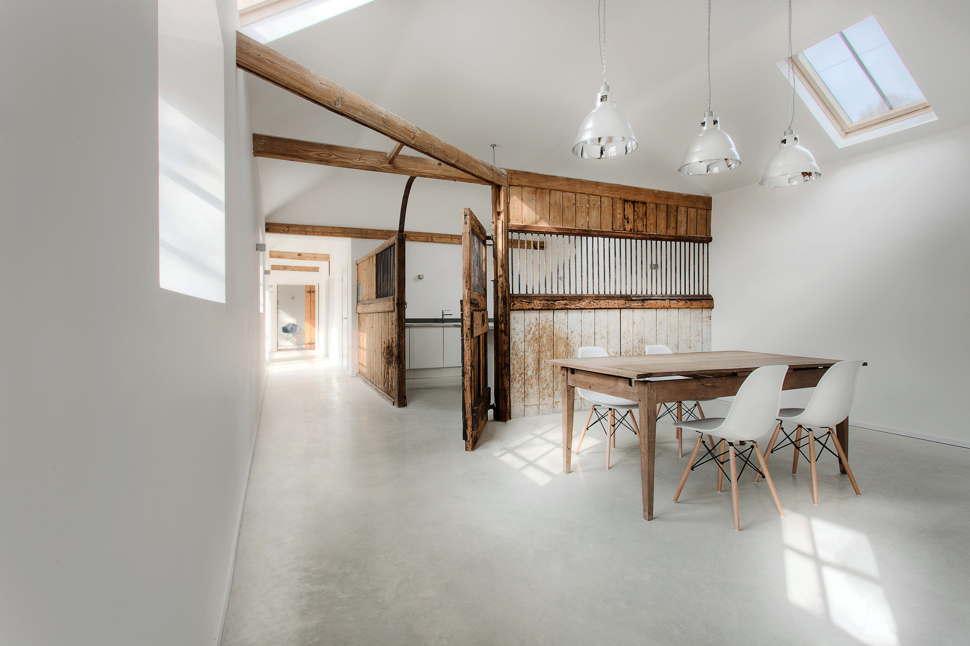 Manor House Stables / AR Design Studio, © Martin Gardner