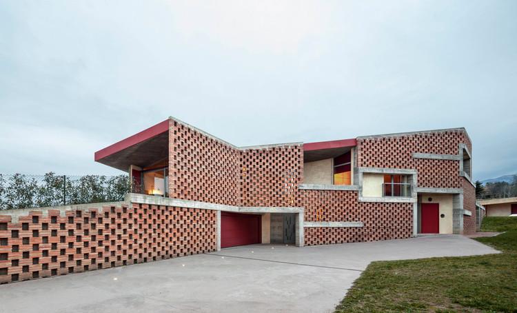 Casa Bitxo / Lagula Arquitectes, © Adria Goulà