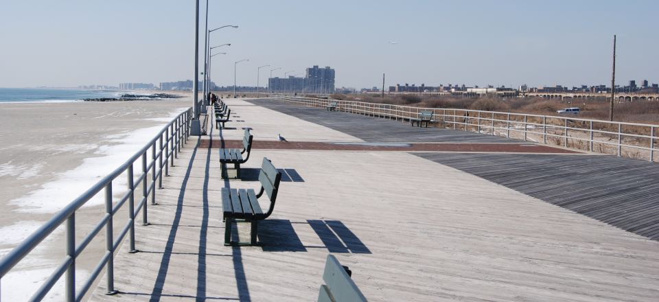 FAR ROC [For a Resilient Rockaway] Competition, pre-Hurricane Sandy boardwalk / © 2013 FARROC