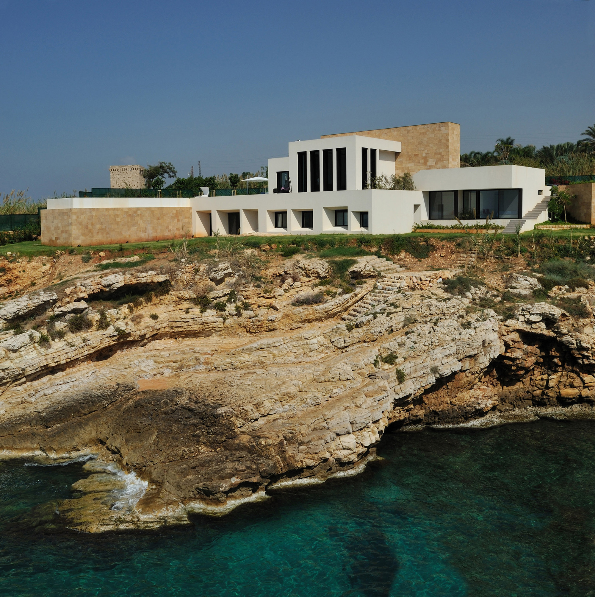 Fidar Beach House / Raed Abillama Architects, © Géraldine Bruneel