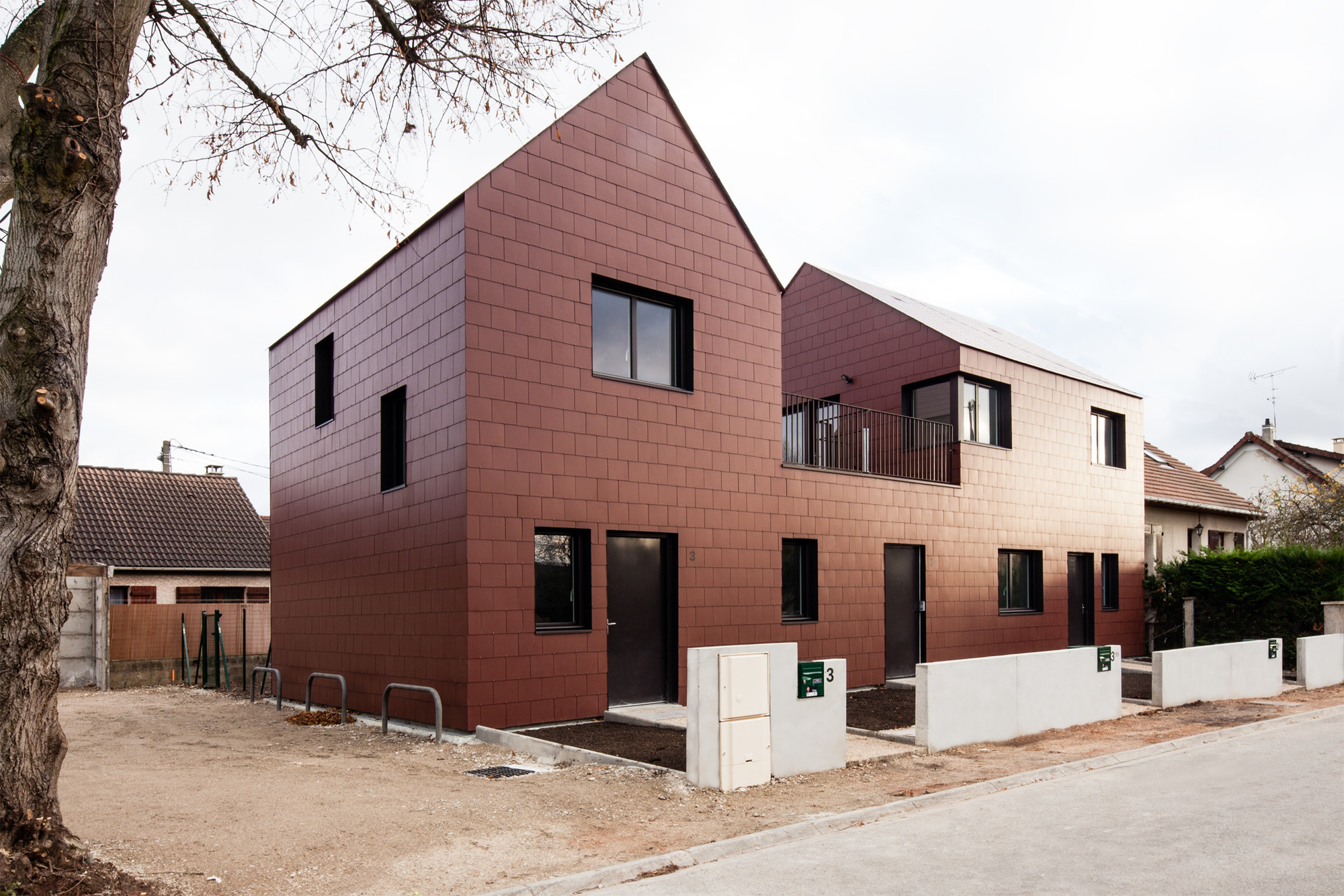3 Social Dwellings / Chartier-Dalix architects, © Samuel Lehuede