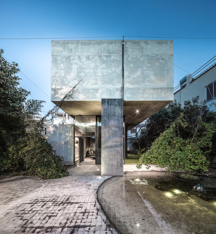 Residencia en Kifissia / Tense Architecture Network, © Filippo Poli