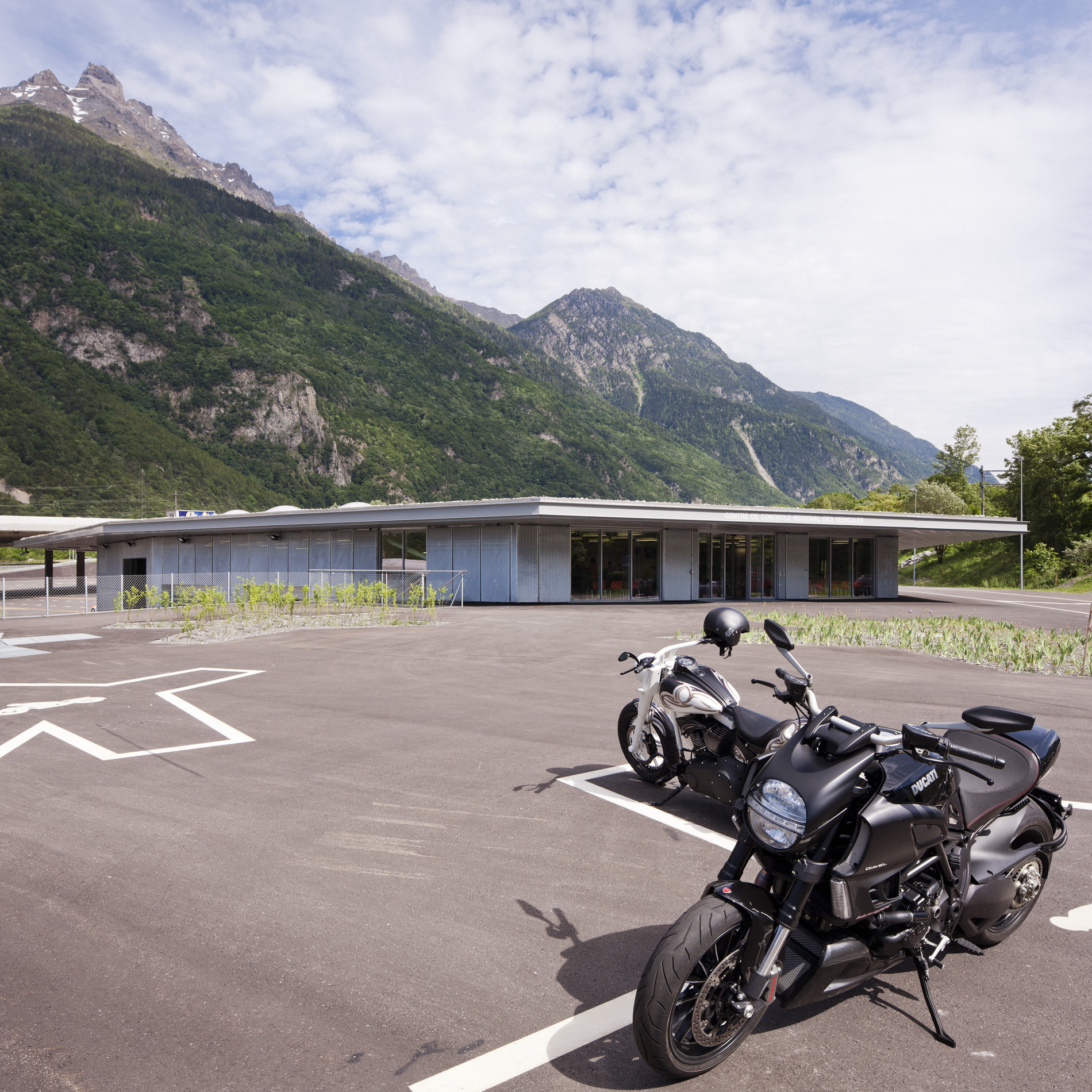 Motorway Control Centre / meier + associés architectes, © Y André