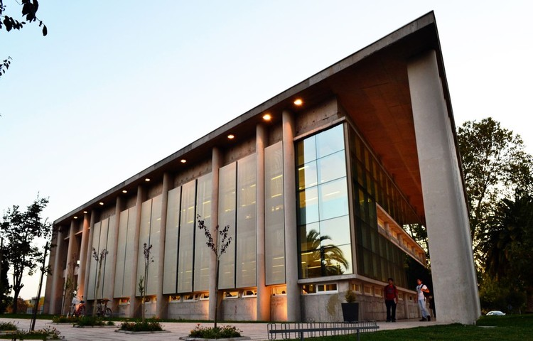 Biblioteca U. Talca / Valle Cornejo Arquitectos, © Andrés Valle Florsheim