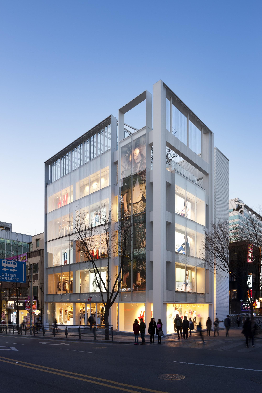 Loja H&M Seul Hongdae / D·Lim Architects