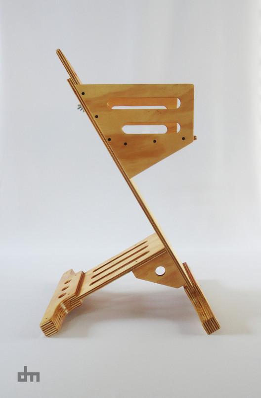 Cadeira para crianças Trona / Daniel Molina, Cortesia de Daniel Molina
